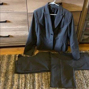 Gray Suit Set- womens size 14 ann taylor